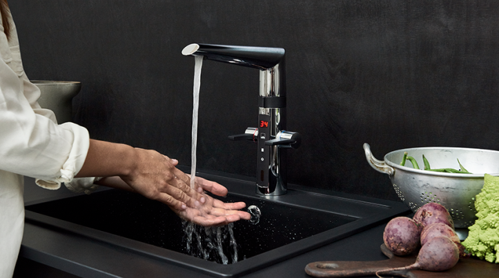Optima-2727F_smart_faucets_increase_hygiene_and_save_environment_860x480-_